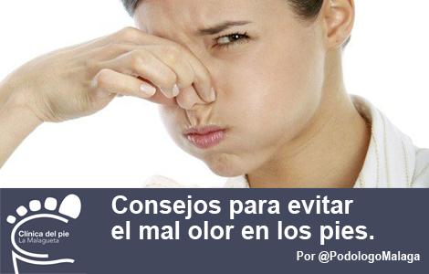 consejos-contra-el-mal-olor-en-los-pies_podologo-malaga